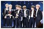 방탄소년단, 2017 미국 빌보드 뮤직 어워드에서 K-POP 그룹 최초로 '톱 소셜 아티스트'상을 수상하다.