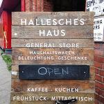 베를린속 작지만 강한 소품 편집샵 Hallesches Haus