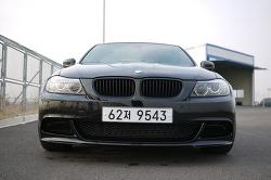 BMW E90 335i Sedan.
