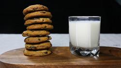 바삭, 쫀득, 달달 초코칩 쿠키 만들기 [동영상레시피]