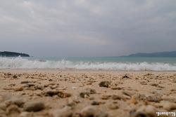 오키나와 여행 마지막날 숙소 앞 해변에서
