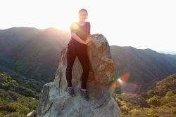 지혜와 함께 새벽등산을~ 토팡가 주립공원 테메스칼캐년(Temescal Canyon)의 스컬락(Skull Rock)