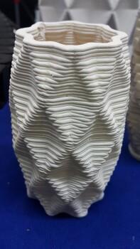 세라믹 소재로 3D프린팅을~~