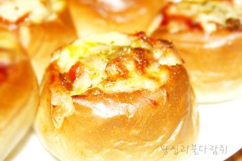 NO베이킹!! 초간단 피자빵만들기★피자빵 만들기★간단한 간식/온국민의 1등 간식! 동글동글 모양의