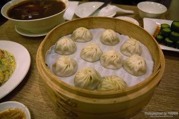 대만 여행 중 3시간 기다려 맛 본 샤오롱바오, 동먼역 융캉제 거리에 위치한 딘타이펑 본점 방문기