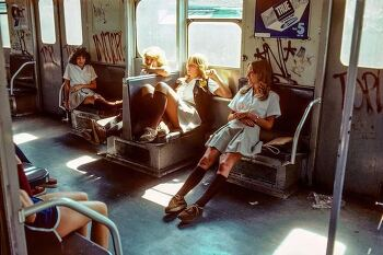 스위스 사진가가 촬영한 70,80년대 지옥 같은 뉴욕 지하철