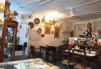 연남동 카페 :: 라헨느 #엔틱카페 #테마카페