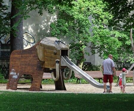 독일 동네 놀이터, 자연스러운 공간에서 놀이를 즐기다