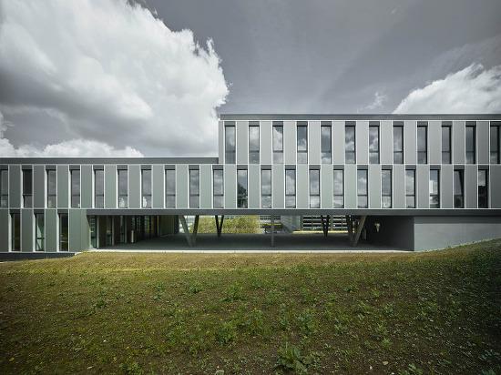 *스위스 에너지효율적 오피스빌딩-[ Züst Gübeli Gambetti ] HCP Office and Seminar Building