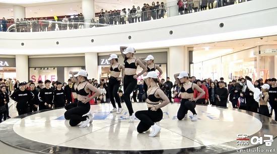 [4K][17.01.08] 영등포타임스퀘어 FUNKY-Y 왁킹 퍼포먼스 직캠 by 여금