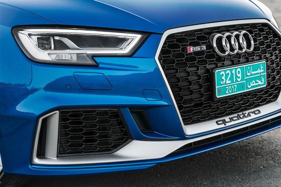 2017 아우디 RS 3 스포트백(Audi RS 3 Sportback)의 아주 큰 사진들