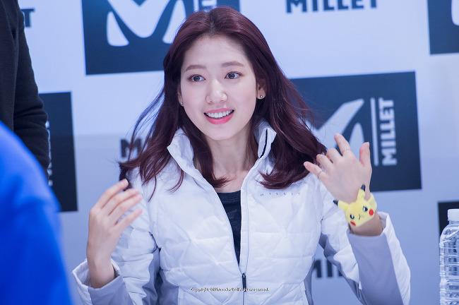 밀레(MILLET), 박신혜 팬사인회 in 롯데백화점 밀레 부산점 #2