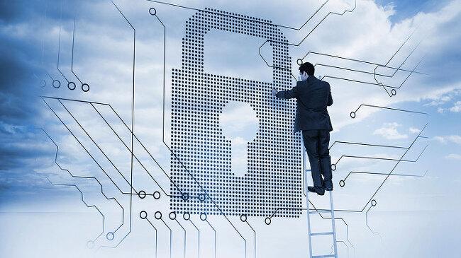 [칼럼] 보안전문가들이 지목하는 '2018년 5대 사이버위협 전망'