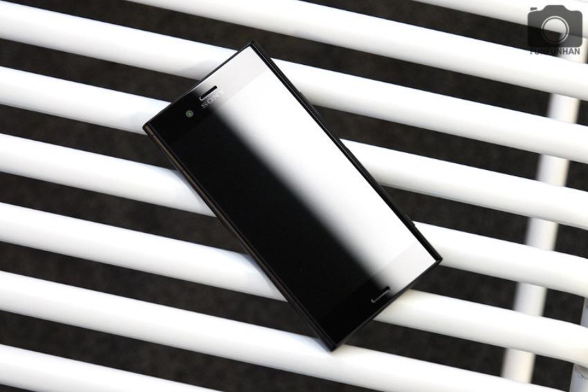 세련되고 성능좋은 최신핸드폰! 소니 엑스페리아 XZ1 리뷰!
