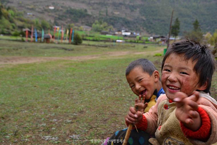 동 티벳 매리설산 속 오지마을 - 하위뻥(下雨崩)과 신의 폭포(神瀑)