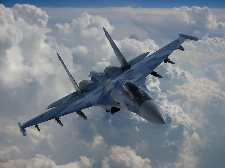 SU-27 전투기(Sukhoi Su-27)