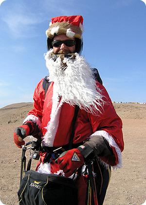 산타 복장한 필립