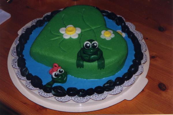 귀여운 개구리 케이크