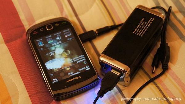 대용량 스마트폰 보조배터리 VTB-09(9000mAh)