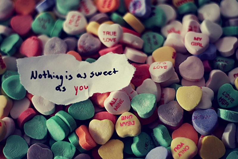 Cần một người mua dùm viên kẹo...