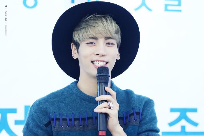 151122 Jonghyun @ 'Skeleton Flower' - Evento Fansign. 21069C415651C3A92F6F94