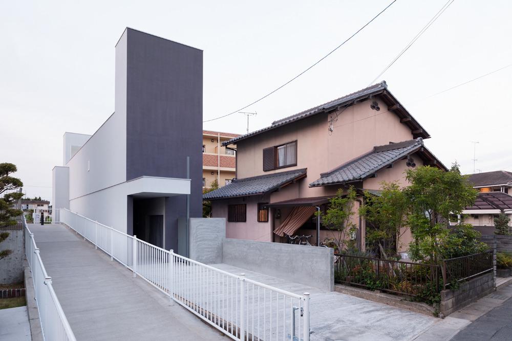 *건축적 산책로가 있는 일본 협소주택 [ FORM ] Promenade House