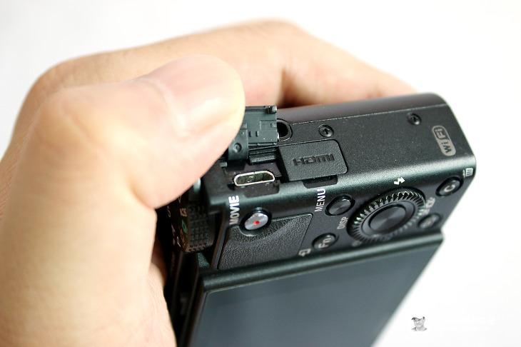 하이엔드 카메라 소니 RX100 R3 후기