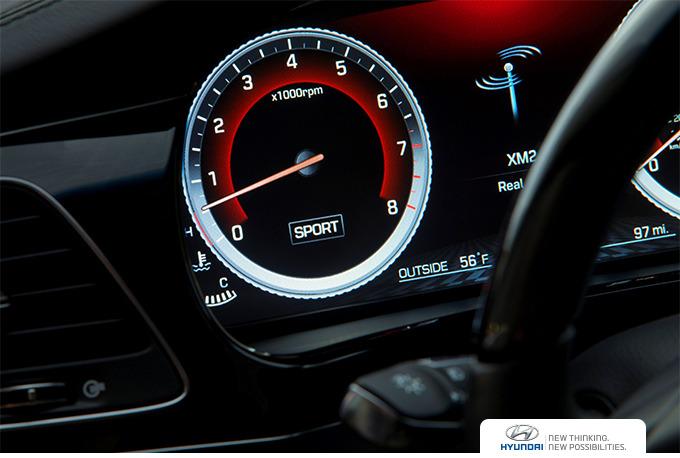 변속기 다단화는 곧 정속 주행 시 엔진 회전수를 낮출 수 있다는 장점이 있습니다