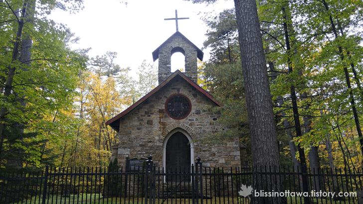 1800년대 교회 장례식장