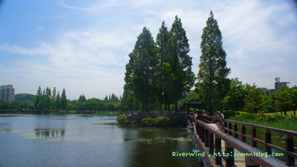 연지공원(蓮池公園)