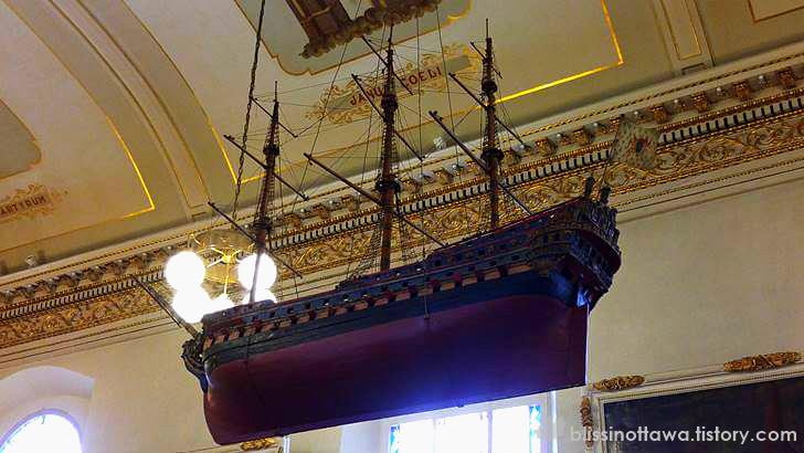 1664년 프랑스군의 배 모형입니다