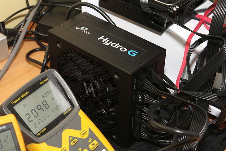 FSP Hydro G 850W, 리뷰 ,깔끔한 ,파워, 전압, 전력, 벤치마크,IT,IT 제품리뷰,써보고 싶었던 제품 중 하나였는데요. 테스트 해 봤습니다. FSP Hydro G 850W 리뷰 느낌은 깔끔한 외형 괜찮은 성능 이었는데요. 파워 전압 전력 벤치마크를 해보면서 여러가지 평가를 해 봤습니다. FSP에는 고성능 파워서플라이가 많은데요. 이제품도 그렇습니다. FSP Hydro G 850W 리뷰 시 전압 간이 테스트와 전력소모량 테스트를 해 봤습니다. 고성능 그래픽카드를 장착하여 테스트도 해 봤었구요.
