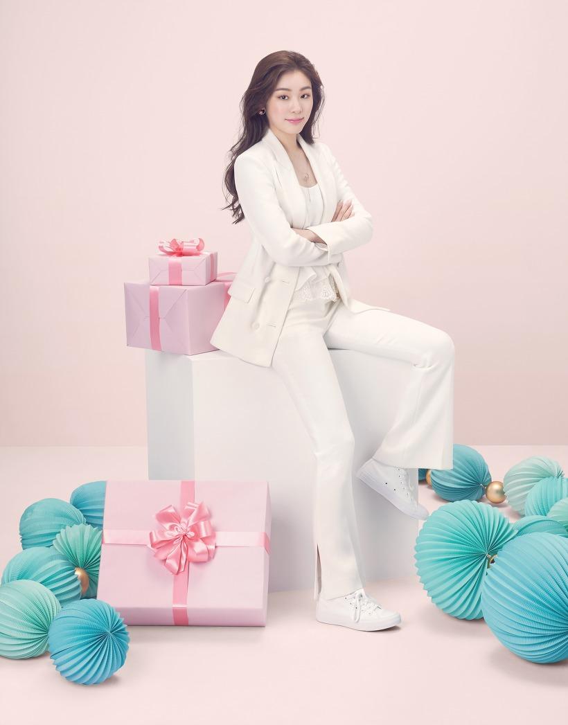 김연아 제이에스티나 5월 감사의달 고화질 화보 2장