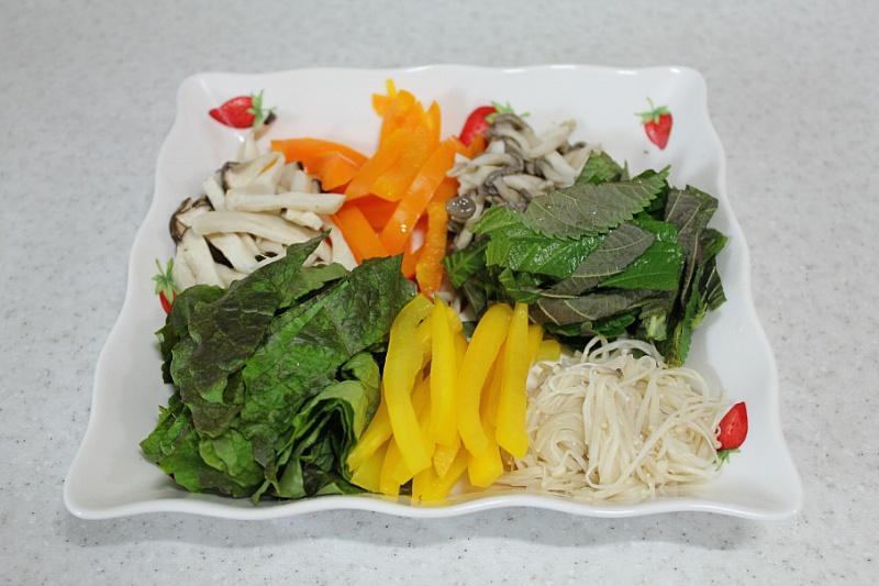 버섯회, 흙시루, 비빔버섯, 비빔야채, 비빔국수, 비빔국수 양념장, 기장맛집, 버섯초무침