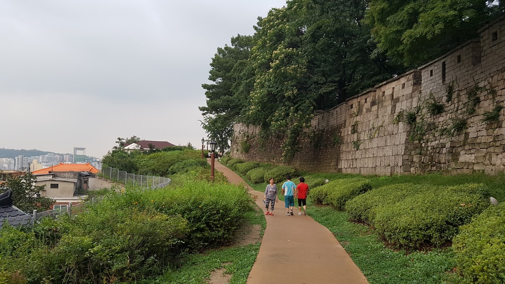 [서울 데이트] 낙산공원 뒷길도 참 좋은데, 설명할 방법이 있넹? ㅋㅋ