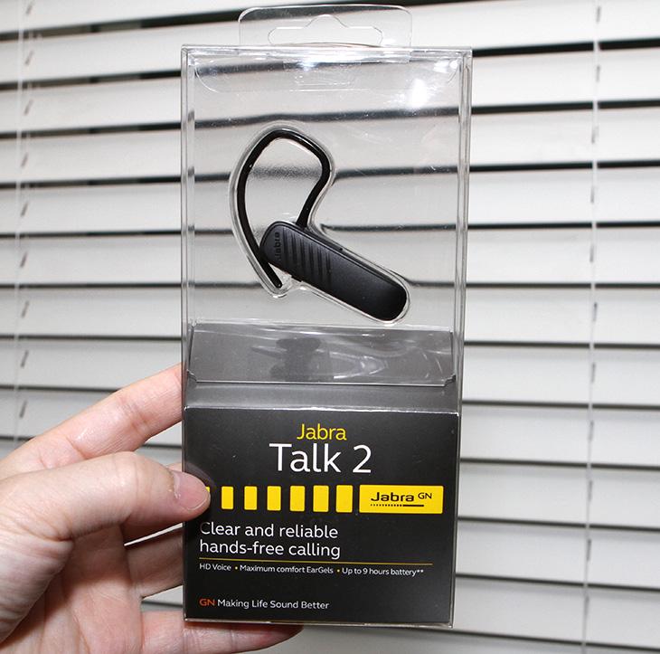 자브라 토크2, TALK2 ,블루투스 이어셋, 택배기사, 운전용 이어셋,IT,IT 제품리뷰,꽤 튼튼하면서도 기능성이 좋은 제품이었습니다. 아주 바쁜 분들에게 좋은데요. 자브라 토크2 TALK2 블루투스 이어셋 택배기사 운전용 이어셋 제품을 소개 합니다. 이 제품은 딱 필요한 기능만 넣은 그런 제품 이었습니다. 자브라 토크2 TALK2 블루투스 이어셋 사용해보면서 운수업에 있는 분들이 쓰기 편리한지 그리고 일반인들이 사용시 어떤 점이 편리한지 그리고 아쉬운 점은 있었는지 알아보려고 합니다.