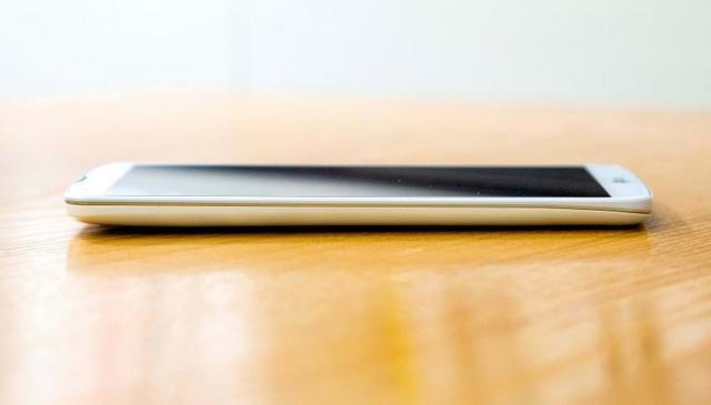 LG G프로2 디자인 사진 유출 배포