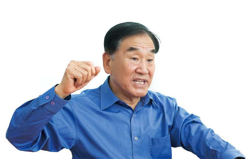 """[인터뷰] 이재오 """"문재인 사라지고 노무현·이명박 싸움만 남는다"""""""