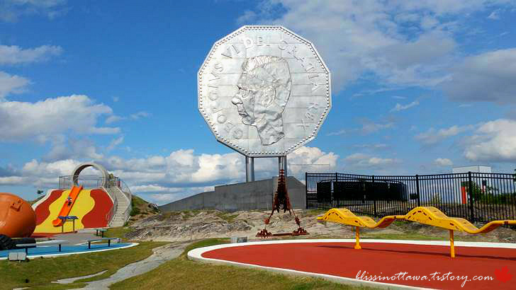 세상에서 가장 큰 동전입니다
