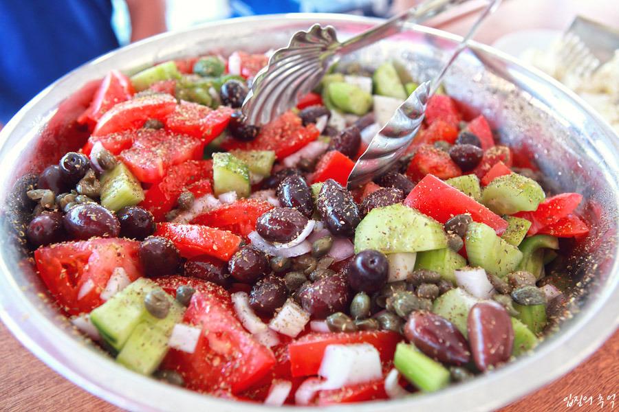 그리스 여행에서 꼭 먹어봐야 할 음식 10가지