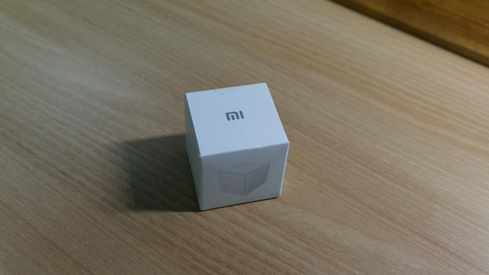 샤오미 큐브 컨트롤러 패키지 윗면