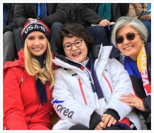 2018 평창동계올림픽 폐막식 해외반응, 여자컬링 남북 단일팀 드론, 평창올림픽 폐막식 외신반응 보도 내용, 개막식 일본반응