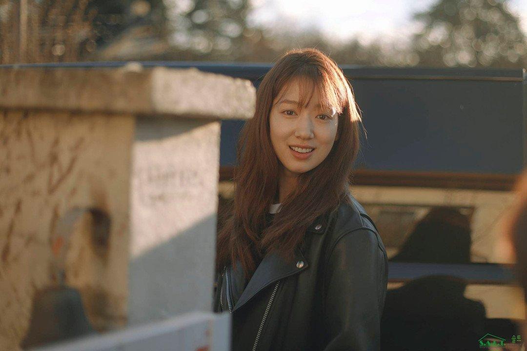 박신혜 성숙한 섹시 사진들