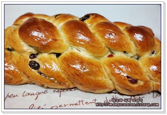 빵결이 부드러운 독일 발효빵 헤페촙프