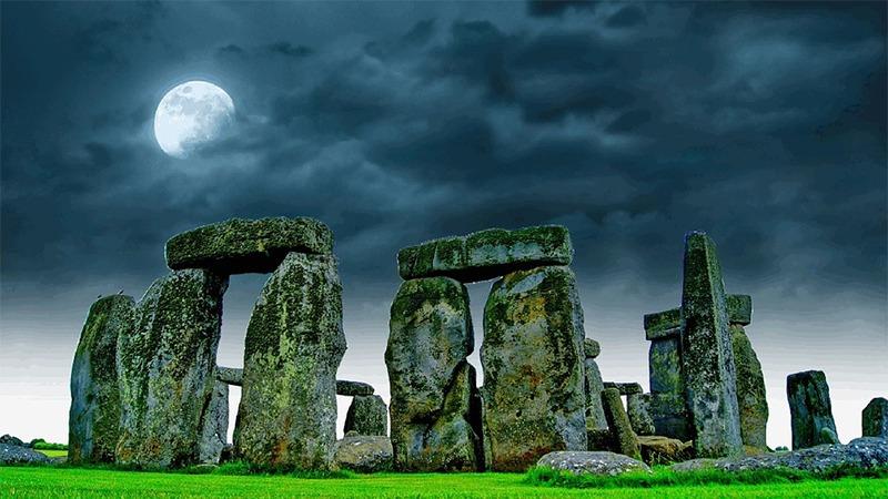 사진: 영국의 스톤헨지는 신석기 시대에 지어진 세계 10대 불가사의 중 하나다.